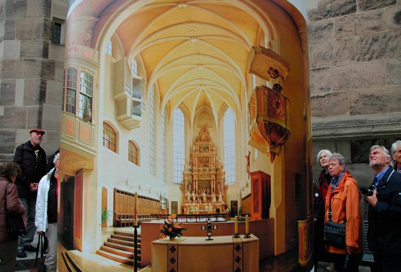 Wegen Renovierungsarbeiten konnte die Moritzkirche in Coburg nur an der Litfaßsäule bewundert werden.