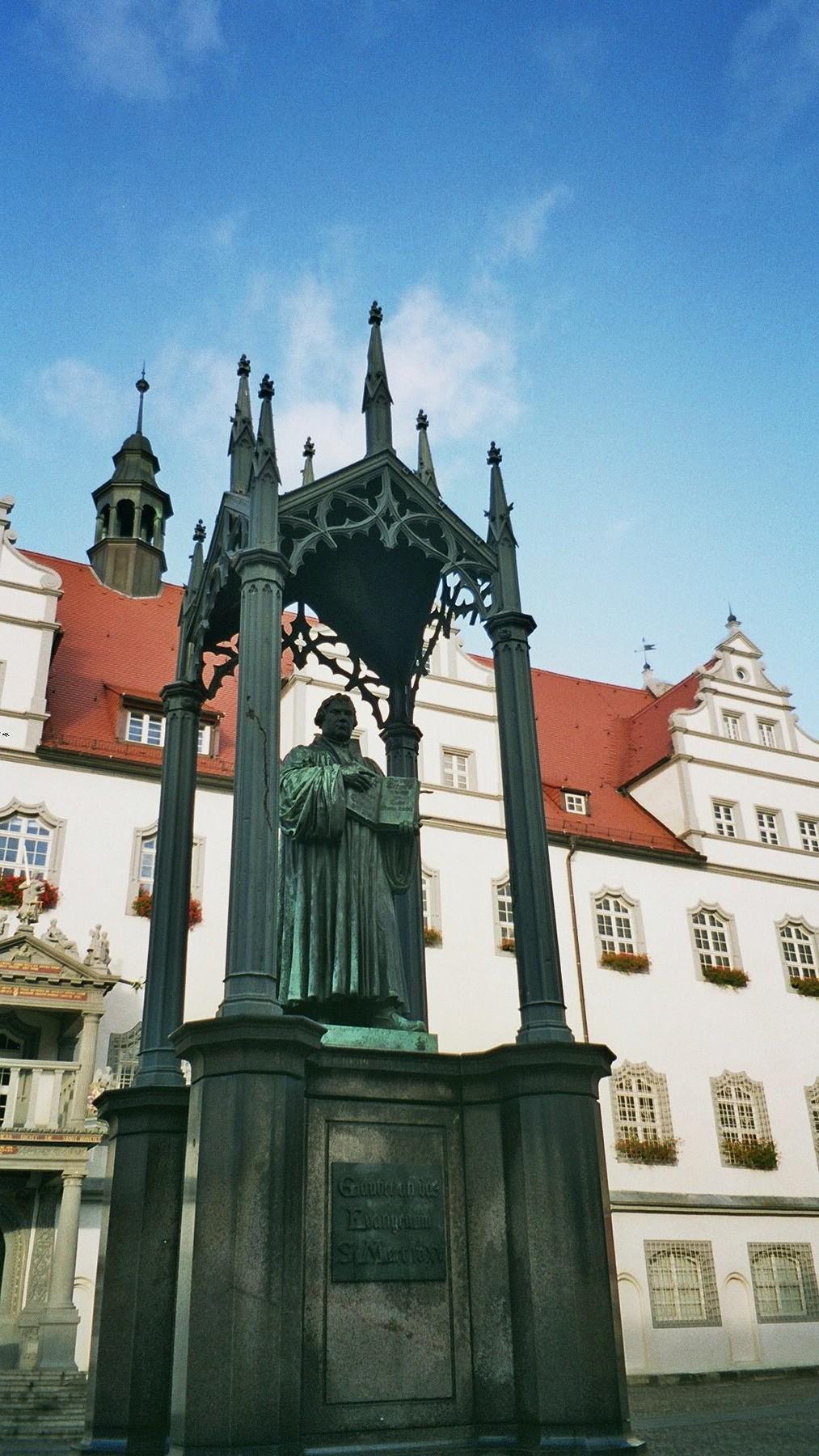 Das Lutherdenkmal in Wittenberg