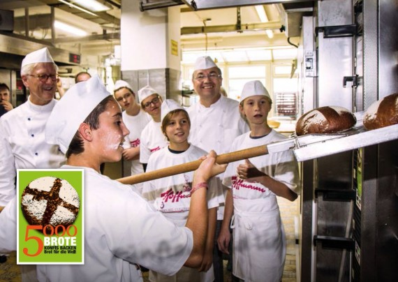 5000 Brote – Konfis backen Brot für die Welt