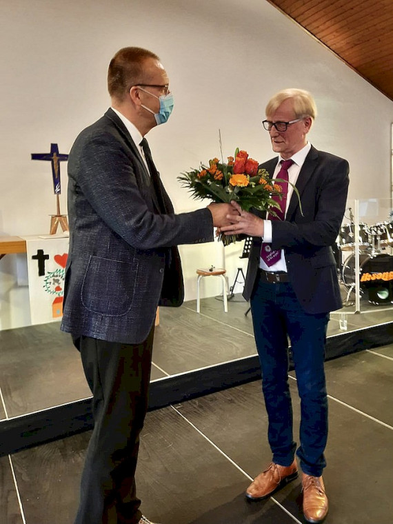Kreispfarrer Bertram Althausen im Amt bestätigt